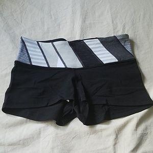 New w/o tags Lululemon Biker Shorts Size 6